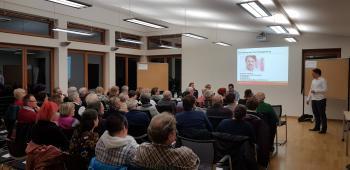 Foto: Großen Anklang bei den Bürgern fand der Workshop im Rathaus zu dem AWO-Bezirksverband und Gemeinde eingeladen haben.