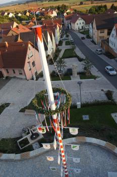 Erst 2015 konnte die Übergabe des neuen Dorfangers in Forst gefeiert werden - jetzt wird der übrige Straßenverlauf der