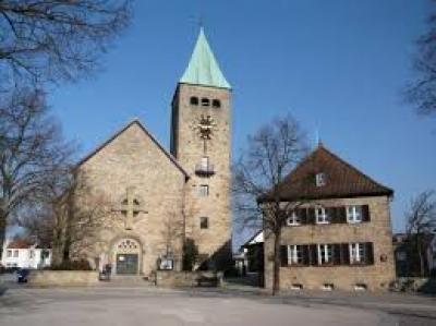 Dreieinigkeitskirche Sennfeld.jpg