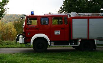 Das Foto zeigt das Löschgruppenfahrzeug (Baujahr 1988), das in Kürze durch ein HLF20 ersetzt werden wird.