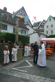Von links: Petro Schiller und Pfarrer Thomas Amrehn