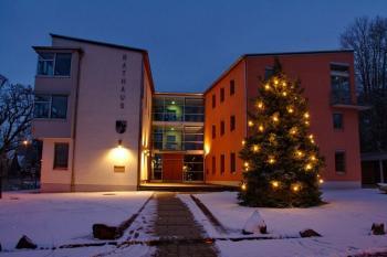 Rund um das Schonunger Rathaus findet die Weihnacht statt